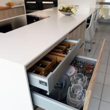 Keuken met massieve meubelfronten