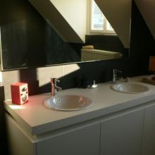 Lavabo avec miroir